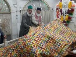 Head Delhi S Hazrat Nizamuddin Dargah Another Indian Cleric Go Missing In Pakistan