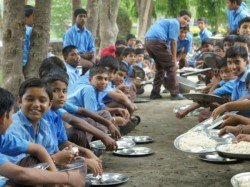 Midday Meal Scheme Aadhaar Exposes 4 4 Lakh Ghost Students Across 3 States