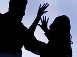 A Woman Was Beaten Having Naked Prevent Possession Land