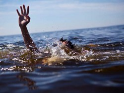 Class Twelve Student Was Drowned Into The Ganges