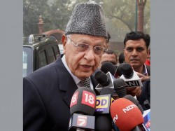 Srinagar By Election Farooq Abdullah Beats Pdp Candidate Key Contest