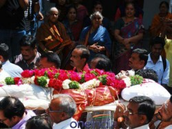 Muslim Youths Performed The Funeral Ceremony The Hindu Youth