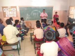 Bandra School Lays Down Dress Code Parents