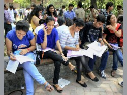 Delhi University Asks Students Wear Proper Dress In Common Room