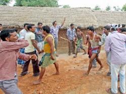 Trinamool Congress Bjp Clash Occurred At Parui Dominate Area