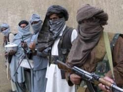 Armed Men Loot Bank Jammu Kashmir S Kulgam District