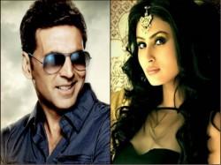 Naagin Actress Mouni Roy Make Her Bollywood Debut With Akshay Kumar