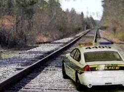 Car The Rail Track Train Driver Pulled It Off At Kharagpur