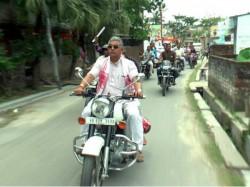 Dilip Ghosh Locket Chatterjee Broke The Law Ride Bike Without Helmet