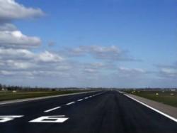 With 1 Flight 65 Secs Mumbai Busiest Single Runway Airport