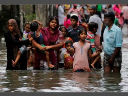 Floods Landslides Kill At Least 100 Sri Lanka