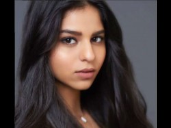 Happy Birthday Suhana Gauri Khan Shares Stunning Portrait