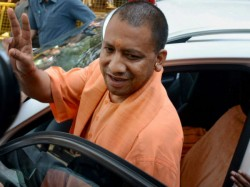 A Day After Babri Hearing Yogi Adityanath Visits Ayodhya