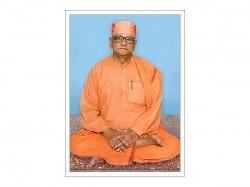 Ramakrishna Mission Head Atmasthanandaji Died