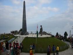 Tourists Cancel Booking Darjeeling During Durgapuja