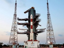 Isro S Pslv C38 Places Cartosat 2s 30 Nano Satellites Orbit