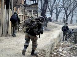 Lashkar Terrorists Killed Encounter South Kashmir