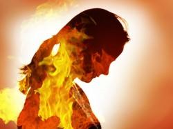 Husband Set Wife Ablaze 200 Rupees Udaipur