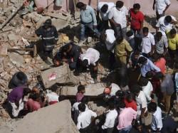 In Kolkata The Dangerous House Again Collapsed