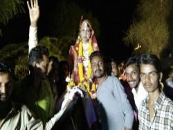 Rajasthan Dalit Bride Defies Discrimination Rides Horse Her Wedding