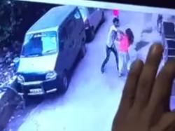 Man Stabs Aspiring Airhostess Delhi