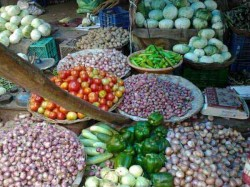 Retail Inflation At Record Low India Falls 1 54 Per Cent June