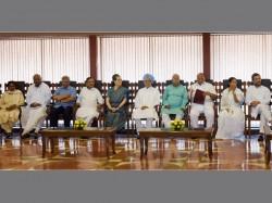 Gopalkrishna Gandhi Is Opposition S Nominee Vice President
