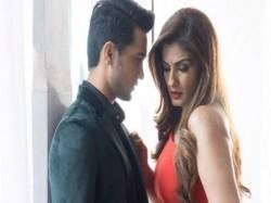 This Guy Ashish Bisht Went Shivering Doing An Intimate Scene With Raveena
