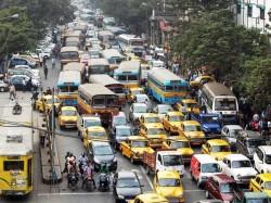 Traffic Condition Kolkata May Deteriorate Due Two Chatra Parishad Meeting