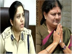 Sasikala Has Private Corridor Heavily Barricaded Alleges D Roopa