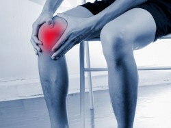 Central Govt Reduces Knee Transplant Surgery Cost Nearly 70 Cent