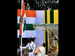West Bengal Government Celebrates Independence Day At Red Road