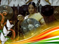 India S Oldest Woman Kalaripayattu Exponent Meenakshi Raghavan From Kerala Wins Everyone S Heart