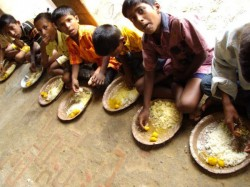 Midday Meal Complaint At Mathurapur South 24 Parganas School