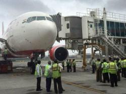 Flight Services Resumes Mumbai After Cancellation 10 Flights