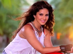 Sunny Leone S Condom Ads Must Be Banned On Buses Says Goa Congress Mla