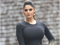Story Matters Not Who Your Co Stars Are Says Zareen Khan On Occassion Aksar 2 Trailer Launch