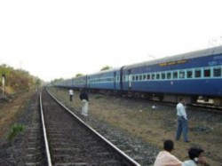 Big Accident Was Averted Due Signal Failure Near Allahabad