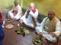Bjp President Amit Shah Has Lunched At Party Member S House Of Kashipur
