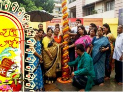 Collage America Is The Theme Badamtala Asar Sangha Kolkata In Durga Puja