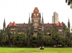 Bombay Highcourt Asks Reply From Bmc On Open Manhole Doctor Death Case