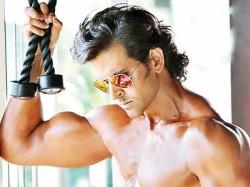 Hrithik Roshan Play Both Hero Villain In Krrish
