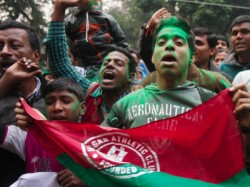 Mohun Bagan Gives Advantage East Bengal Draw With Renbow