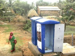Jharkhand Cleanliness Drive Seizing Lungi Who Defecates Open