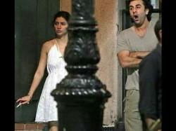 Ranbir Kapoor Mahira Khan Caught Smoking Together