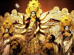 Kolkata Police Close The Durga Puja Santosh Mitra Square