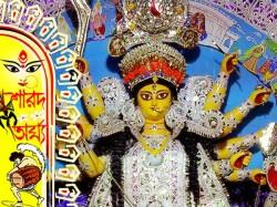 Lord Clive Advised Start Puja At Andul Rajbari