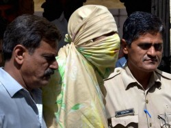 Police Arrest Eight Arab Sheikhs Hyderabad Who Wanted Marry Minor Girls