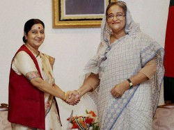 India Pushing Myanmar Take Back Rohingya Refugees Sushma Swaraj Assures Sheikh Hasina