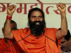 Two Bollywood Actresses Would Like Marry Baba Ramdev